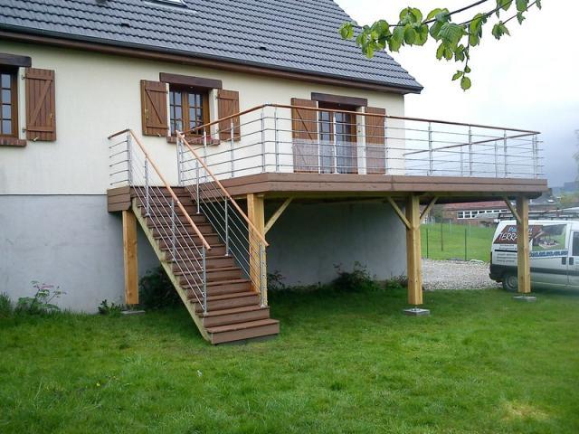 Terrasse Arrondie Composite Cheap Bois Balcon Et Comment Faire Une